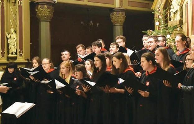 Dlaczego śpiewamy kolędy do 2 lutego?