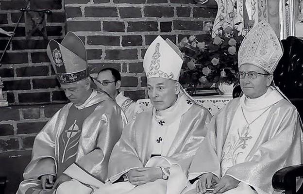 Biskupi uOjca