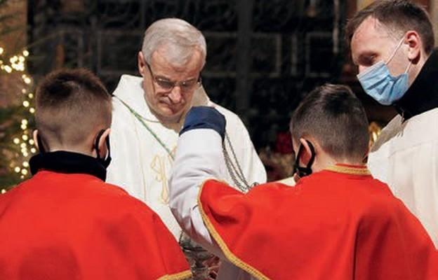 Bp Marek Mendyk przewodniczył Mszy św. na zakończenie roku