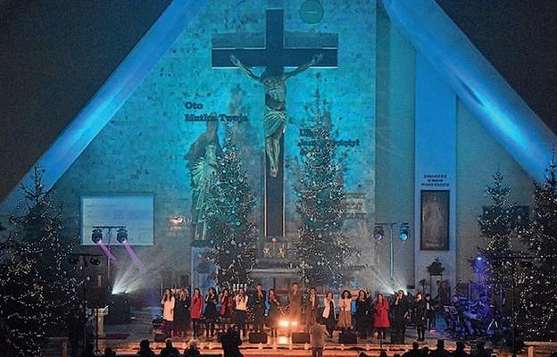 Parafia Najświętszej Maryi Panny Matki Kościoła i św. Barbary w Bełchatowie