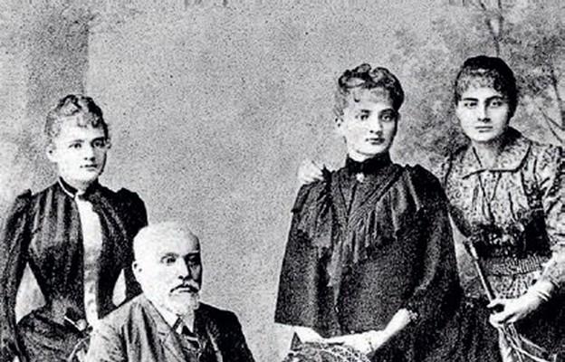 Rodzina Skłodowskich, Władysław z córkami: Marią, Bronisławą i Heleną