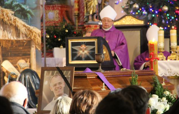 Mszę św. w intencji śp. ks. Artura Godnarskiego przewodniczył i okolicznościową homilię wygłosił metropolita łódzki abp Grzegorz Ryś