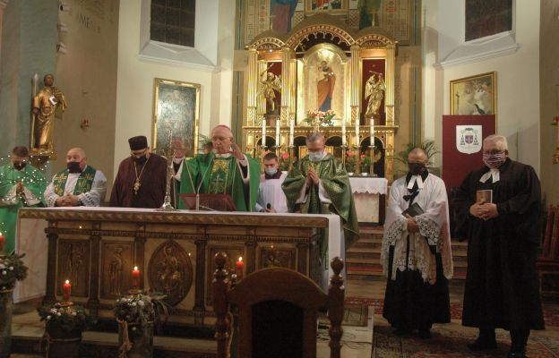 Abp Depo: nie istnieje żadna sprzeczność pomiędzy Chrystusem a Kościołem