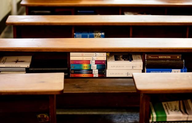 Londyn: polonijna parafia krytykuje przerwanie przez policję wielkopiątkowej liturgii