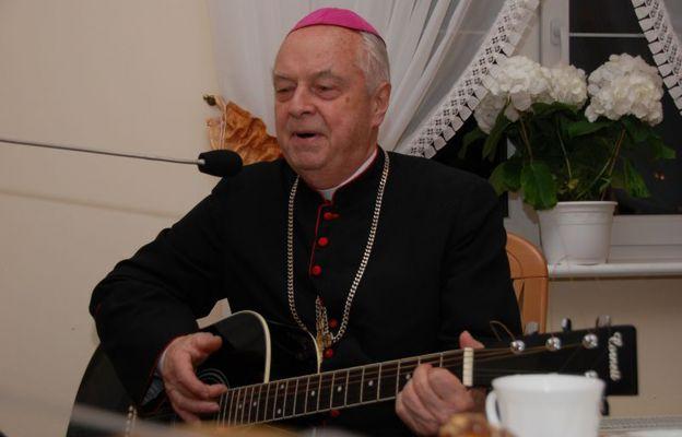 Bp Adam Dyczkowski w świdnickim seminarium