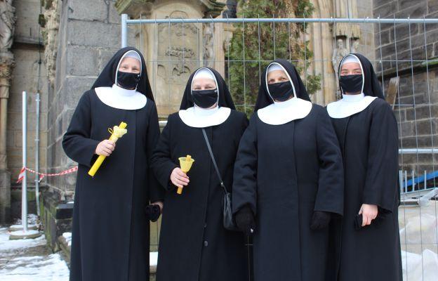 Siostry Franciszkanki Rodziny Maryi, prowadzące w Wałbrzychu Dom Pomocy Społecznej.