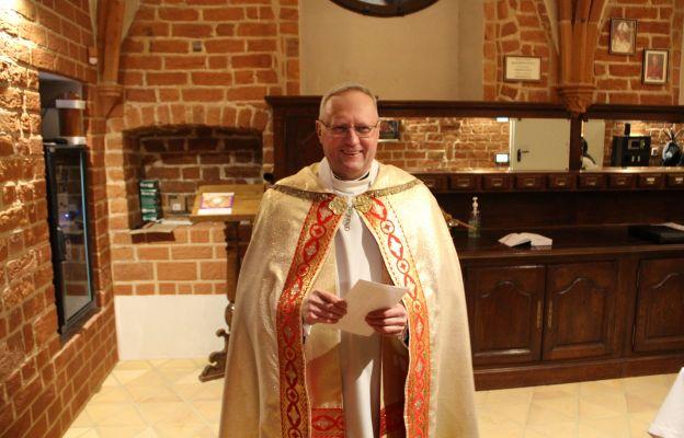 Ks. prał. Zbigniew Kobus zaprasza do udziału w Mszach św. i nabożeństwach w gorzowskiej katedrze