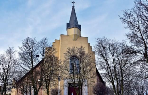 Kościół – geograficzne iduchowe centrum osiedla
