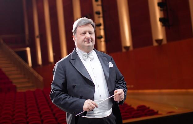 """Jackek Boniecki, dyrygent, Dyrektor Państwowego Zespołu Ludowego Pieśni i Tańca """"Mazowsze"""""""