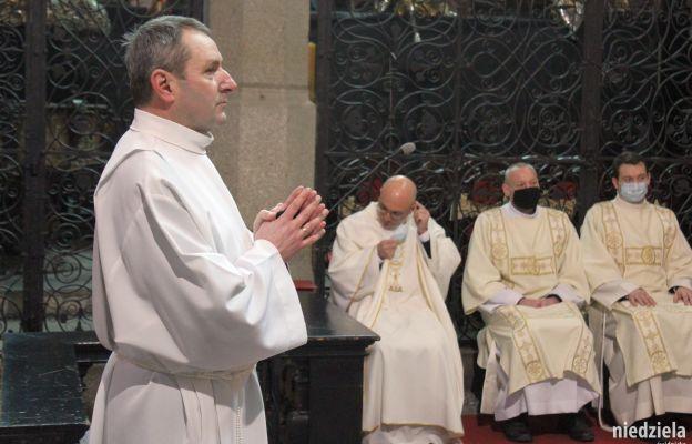 Obrzęd kandydatury Henryka Smolnego, przygotowującego się do święceń diakonatu stałego