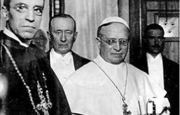 Inauguracja Radia Watykańskiego. Na zdjęciu papież Pius XI oraz Guglielmo Marconi