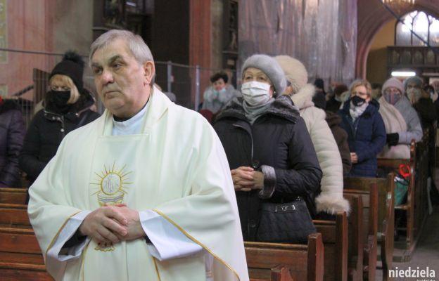 Słowa podziękowania od biskupa tego dnia usłyszał ks. prał. Edward Szajda, diecezjalny duszpasterz chorych