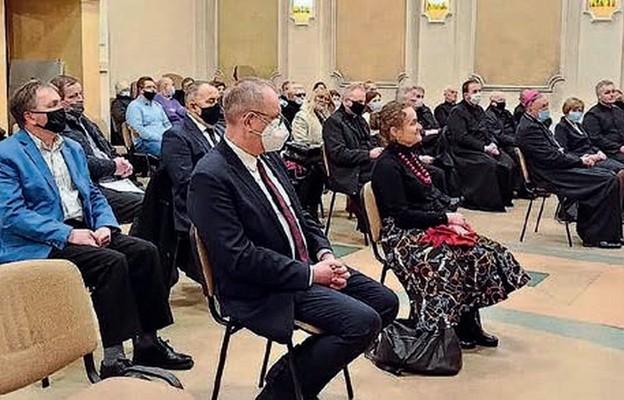 W otwarciu poradni wzięli udział duchowni, samorządowcy, parlamentarzyści oraz terapeuci