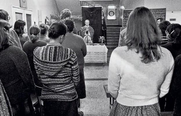 Msza św. w Instytucie Matematyki Uniwersytetu Łódzkiego w czasie strajku studenckiego