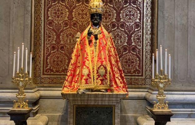 Figura św. Piotra na Katedrze