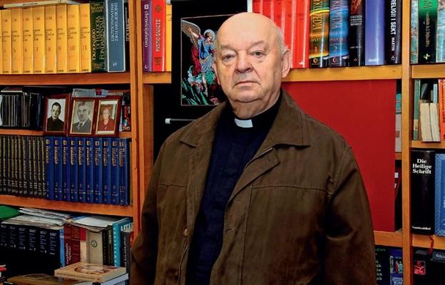 Ks. prał. dr Waldemar Kulbat jest zawsze oddany służbie Kościołowi