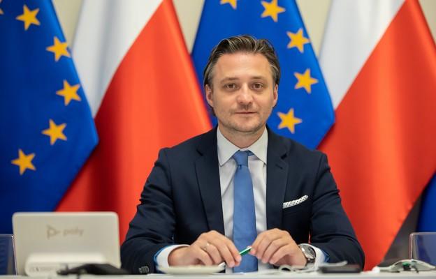 Minister Bartosz Grodecki