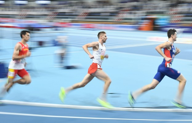 Marcin Lewandowski poprawił rekord Polski w biegu na 1500 m