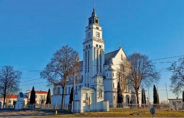 Kościół parafialny wybudowany tuż po II wojnie światowej