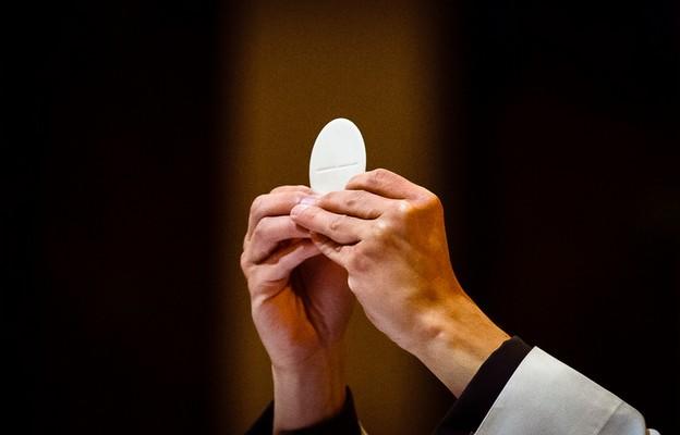 Znamy datę zniesienia dyspensy od uczestnictwa w niedzielnej Mszy św.