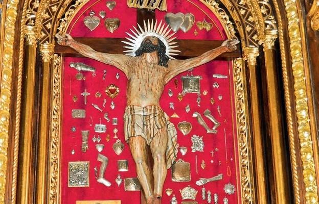 Krzyż, nasz nieodłączny towarzysz
