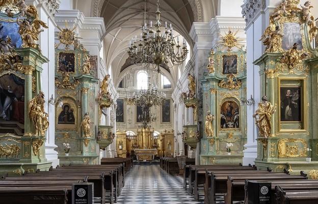Lublin: kwarantanna w klasztorze Dominikanów; Msze św. tylko online