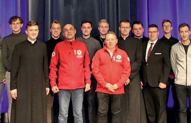 Honorowi krwiodawcy w odwiedzinach w tarnowskim seminarium