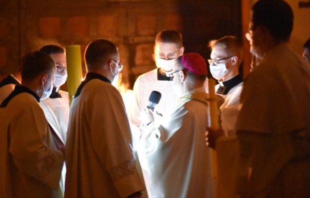 Wigilia Paschalna w toruńskiej katedrze