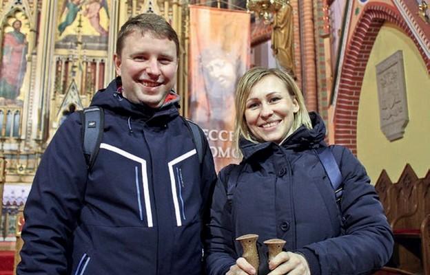 Rodzeństwo Katarzyna Mierzejewska i ks. Marcin Banaczyk po raz pierwszy wyruszyli na jedną z tras Bielawskiej EDK