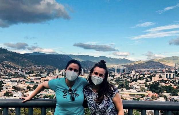 Ania Olma (z prawej) w Ameryce Środkowej