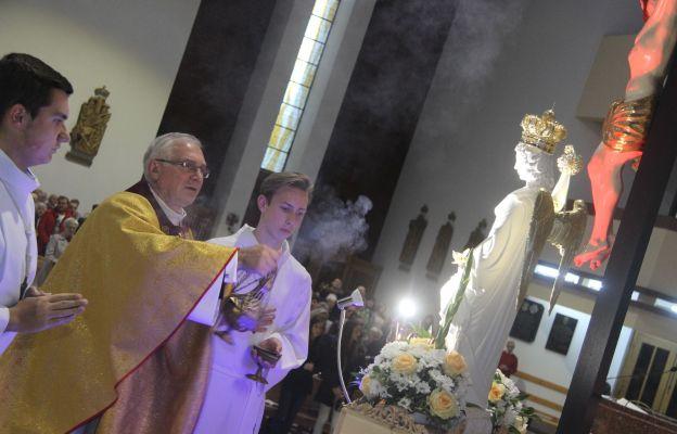 Uroczystość wprowadzenia figury św. Michała Archanioła