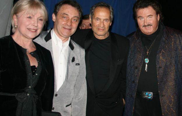 Od prawej: Krzysztof Krawczyk, Jerzy Zelnik, Robert Grudzień, Halina Łabonarska
