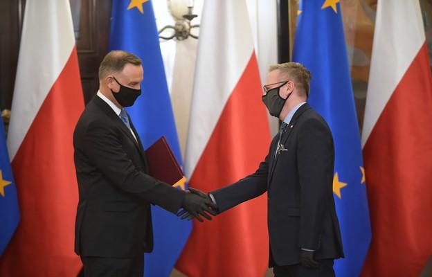 Prezydent zainaugurował działalność Biura Polityki Międzynarodowej w KPRP; jego szefem został Krzysztof Szczerski