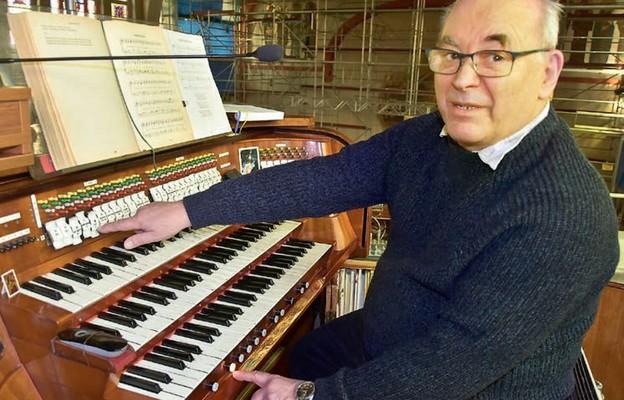 Grał na organach Jana Sebastiana Bacha