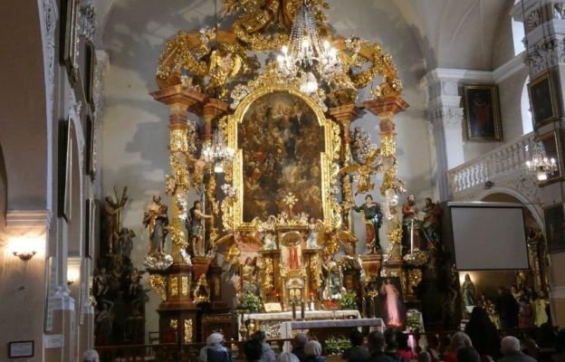 Papieskie relikwie u O. Pijarów