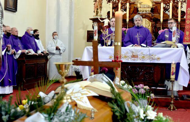 Pogrzeb ks. Stanisława Pluty