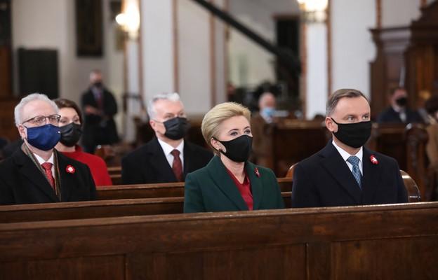 Prezydenci Polski, Litwy i Łotwy uczestniczyli we Mszy św. inaugurującej obchody Święta Narodowego Trzeciego Maja