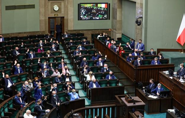 Sejm przyjął ustawę wyrażającą zgodę na ratyfikację decyzji o zasobach własnych UE