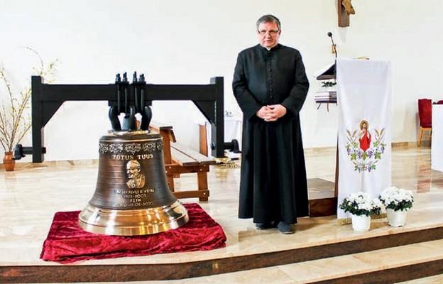 Kościelny dzwon