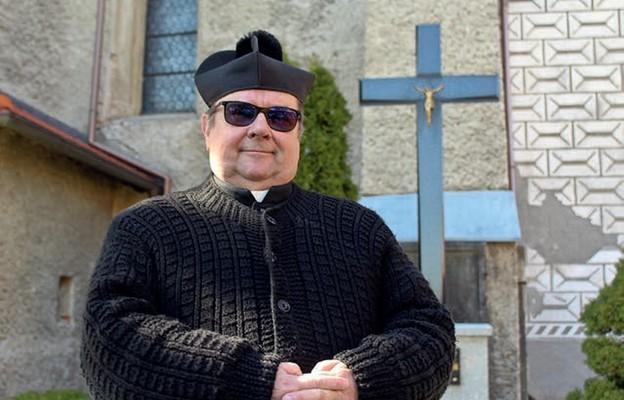 Ks. kan. Marian Kujawski, duszpasterz rolników, zachęca księży do organizowania procesji błagalnych w Dni Krzyżowe