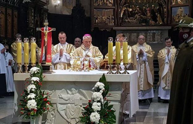 Eucharystii przewodniczył bp Stanisław Jamrozek