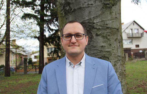 Łukasz Brodzik jest redaktorem Ekologicznej Agencji Informacyjnej EKOMAIKA