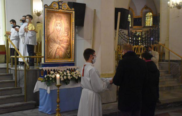 Zawierzenie Maryi wszystkich rodzin i małżeństwa Wrocławia i Archidiecezji Wrocławskiej