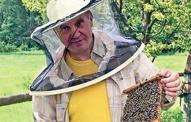 Ksiądz pszczelarz