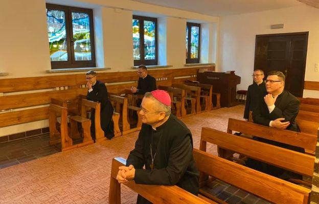 Biskup odwiedził przyszłych diakonów w Pniewach
