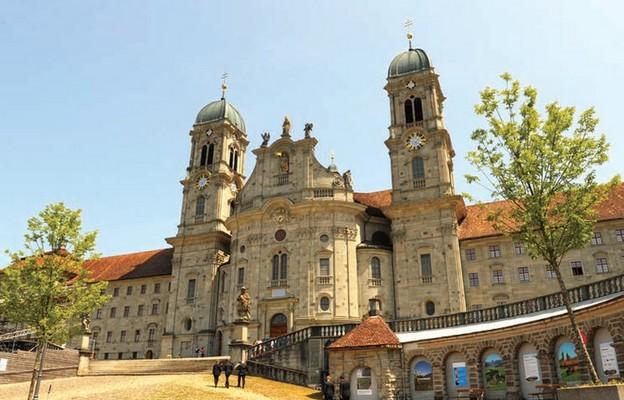 Sanktuarium maryjne w Einsiedeln w Szwajcarii