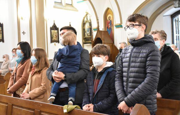 Bp Przybylski: św. Józef był czysty od egoizmu
