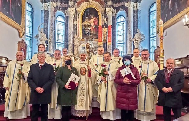 Przedstawiciele Akcji Katolickiej z pasterzem diecezji