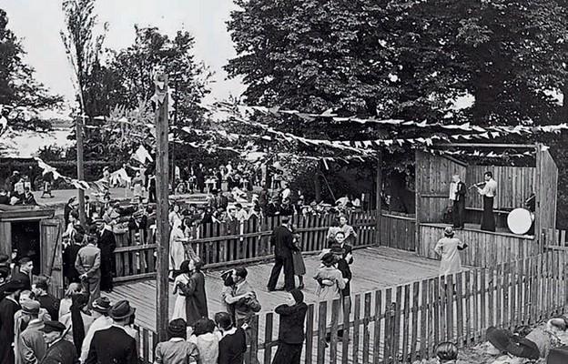 Potańcówka na Bielanach. Lata 50. XX wieku