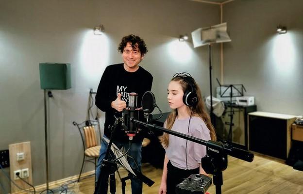 10-letnia artystka to laureatka konkursu Novakid's MusicKid